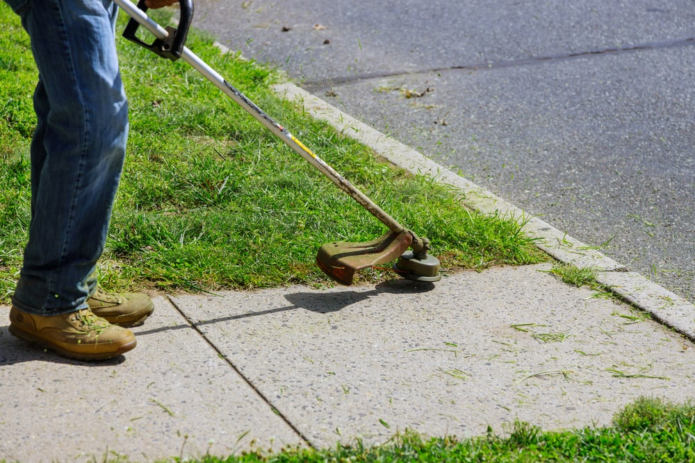 Residential lawn maintenance service essentials explained